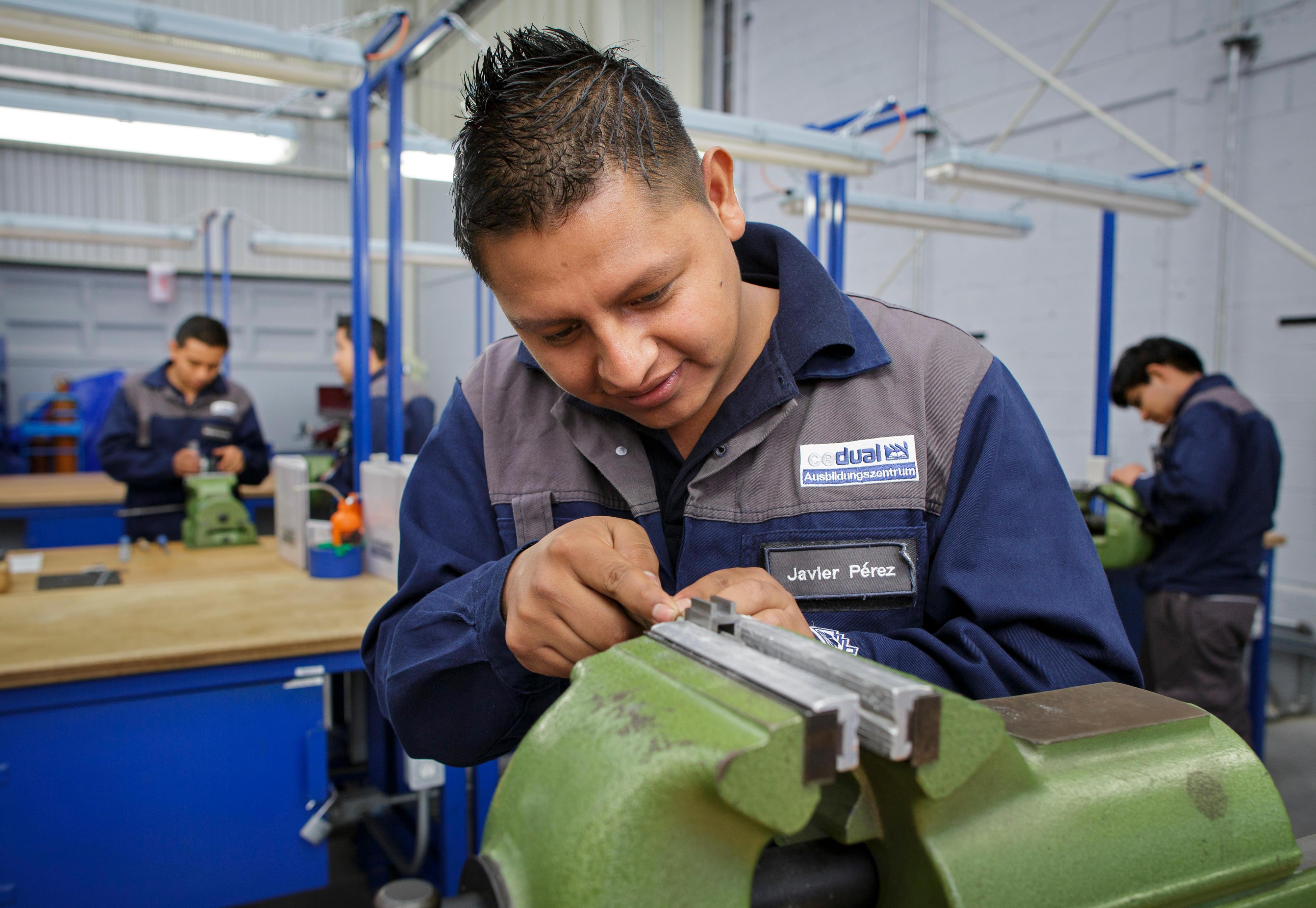 Industriemechaniker in einem Berufsbildungszentrum in Mexiko