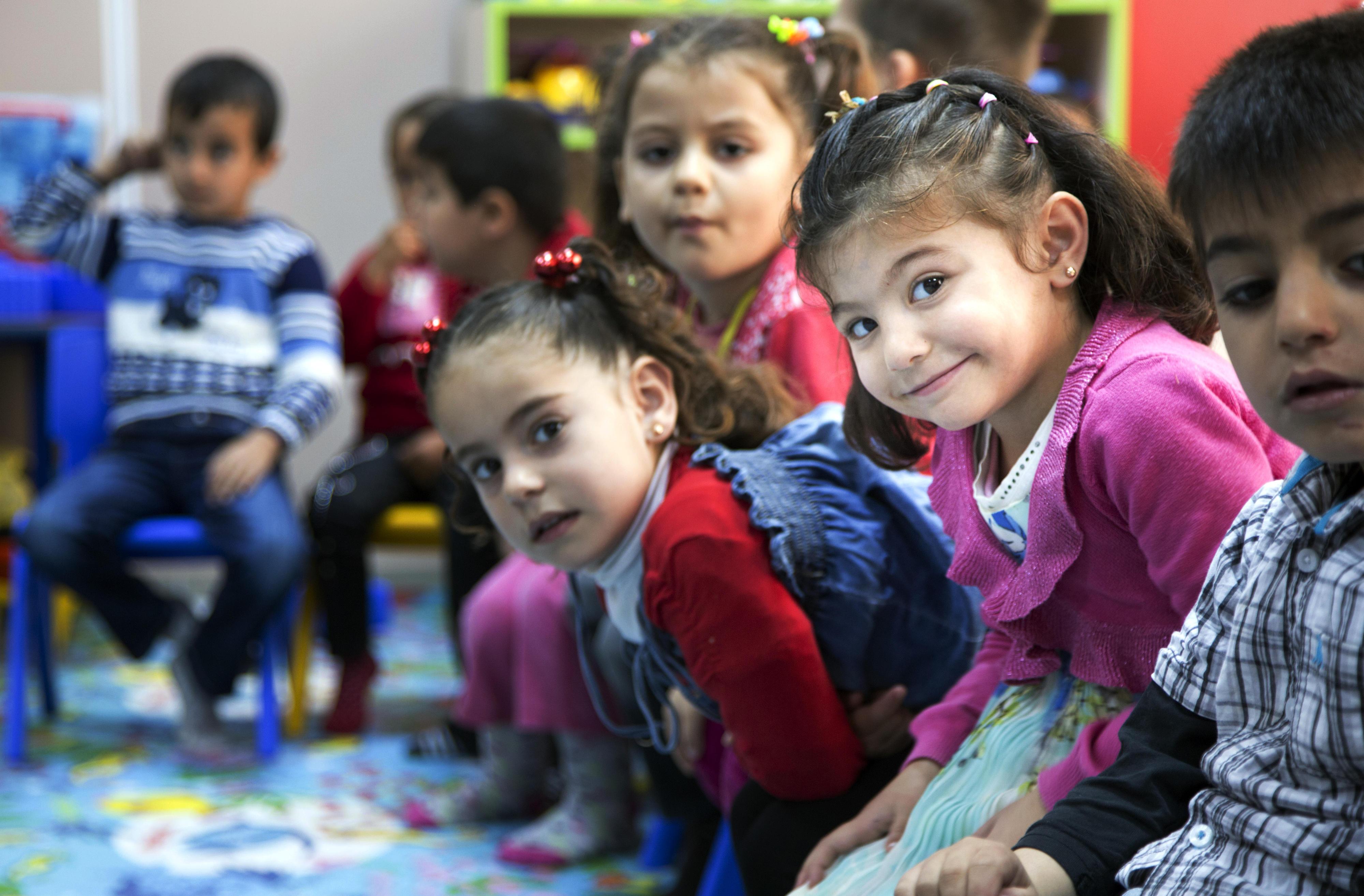 Schulkinder in einem Flüchtlingscamp in der Türkei