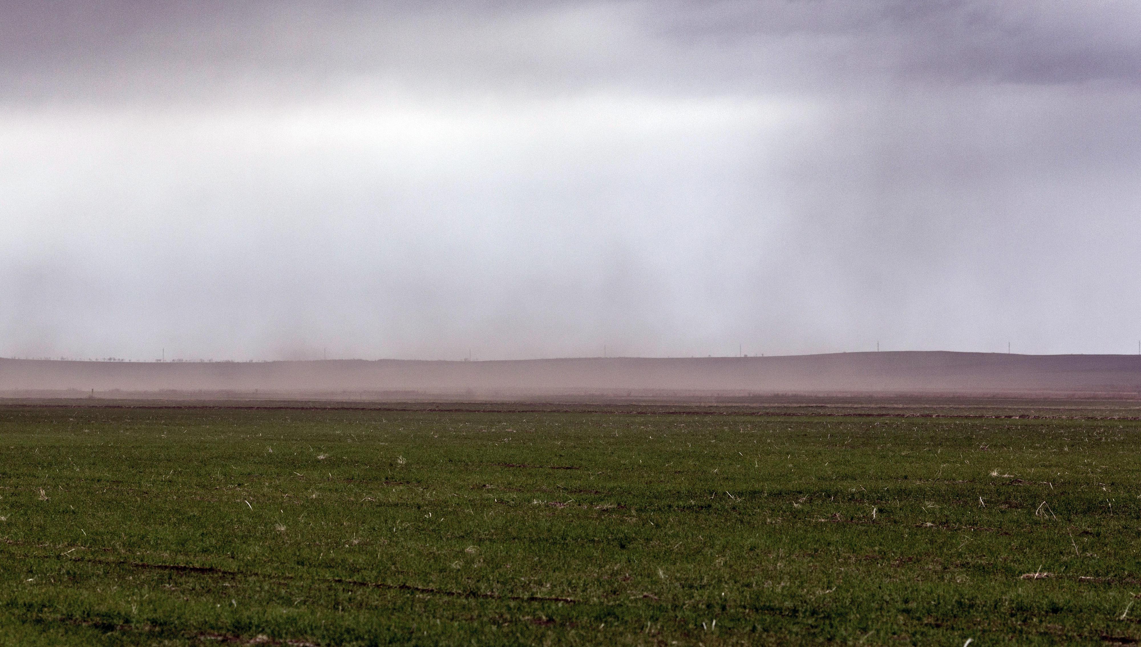 Bodenerosion durch Wind in einer Agrarlandschaft bei Depoplistskrao, Georgien
