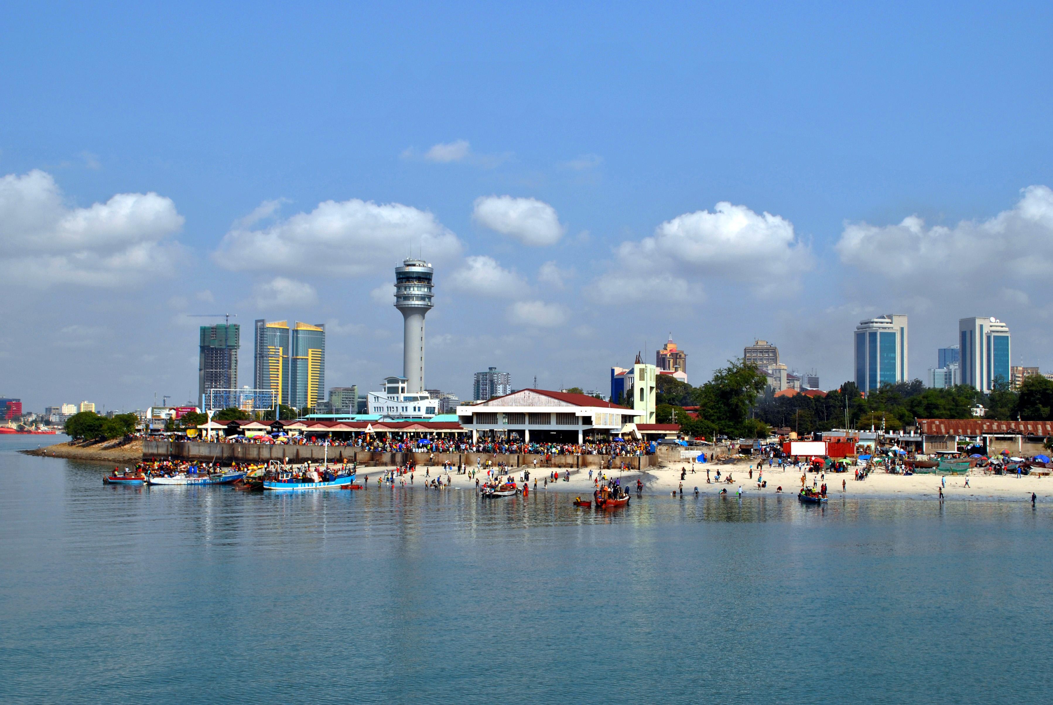 Blick auf Daressalam, die größte Stadt in Tansania