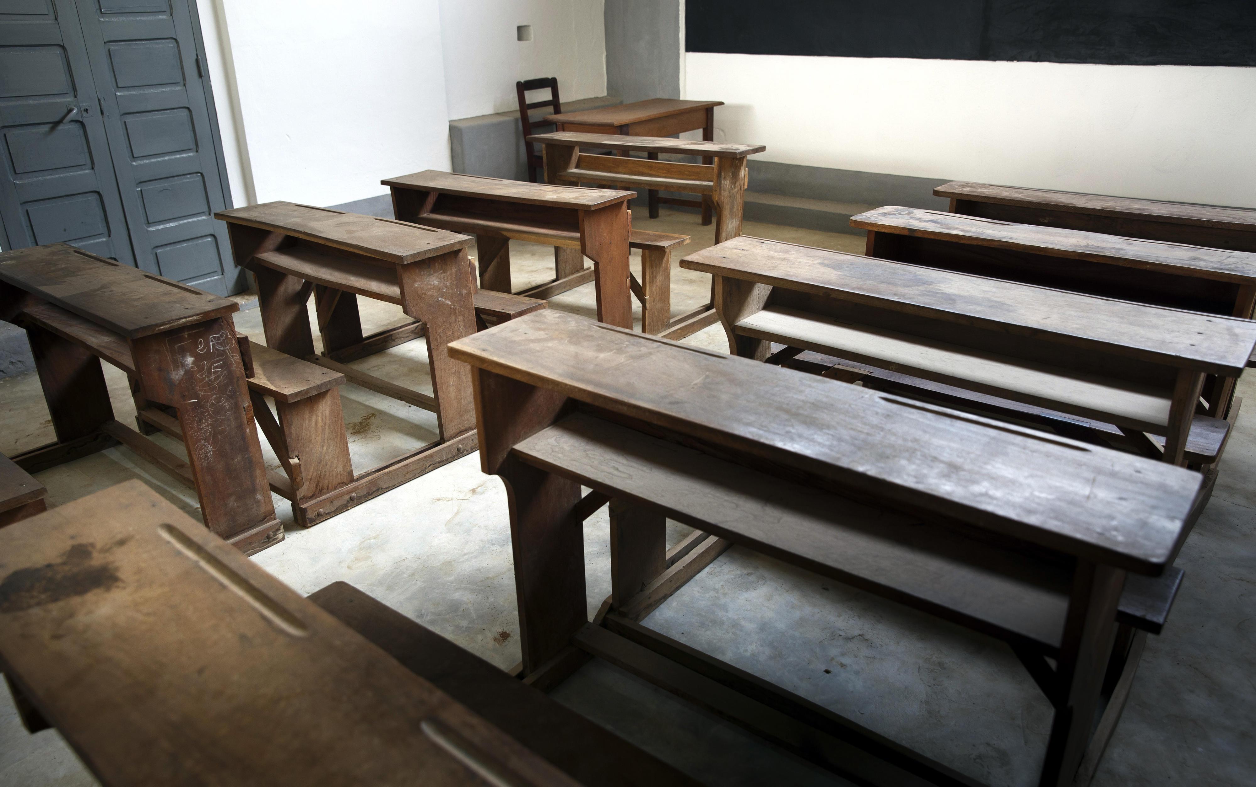 Leeres Klassenzimmer in Sokodé, Togo