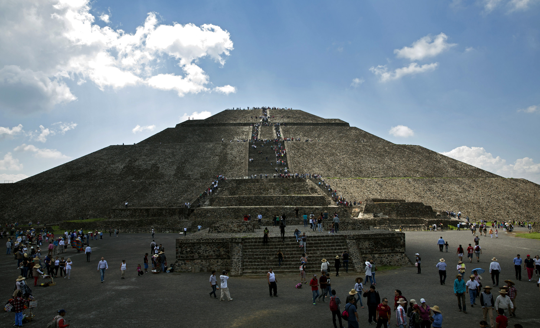 Die Sonnenpyramide von Teotihuacán, Mexiko