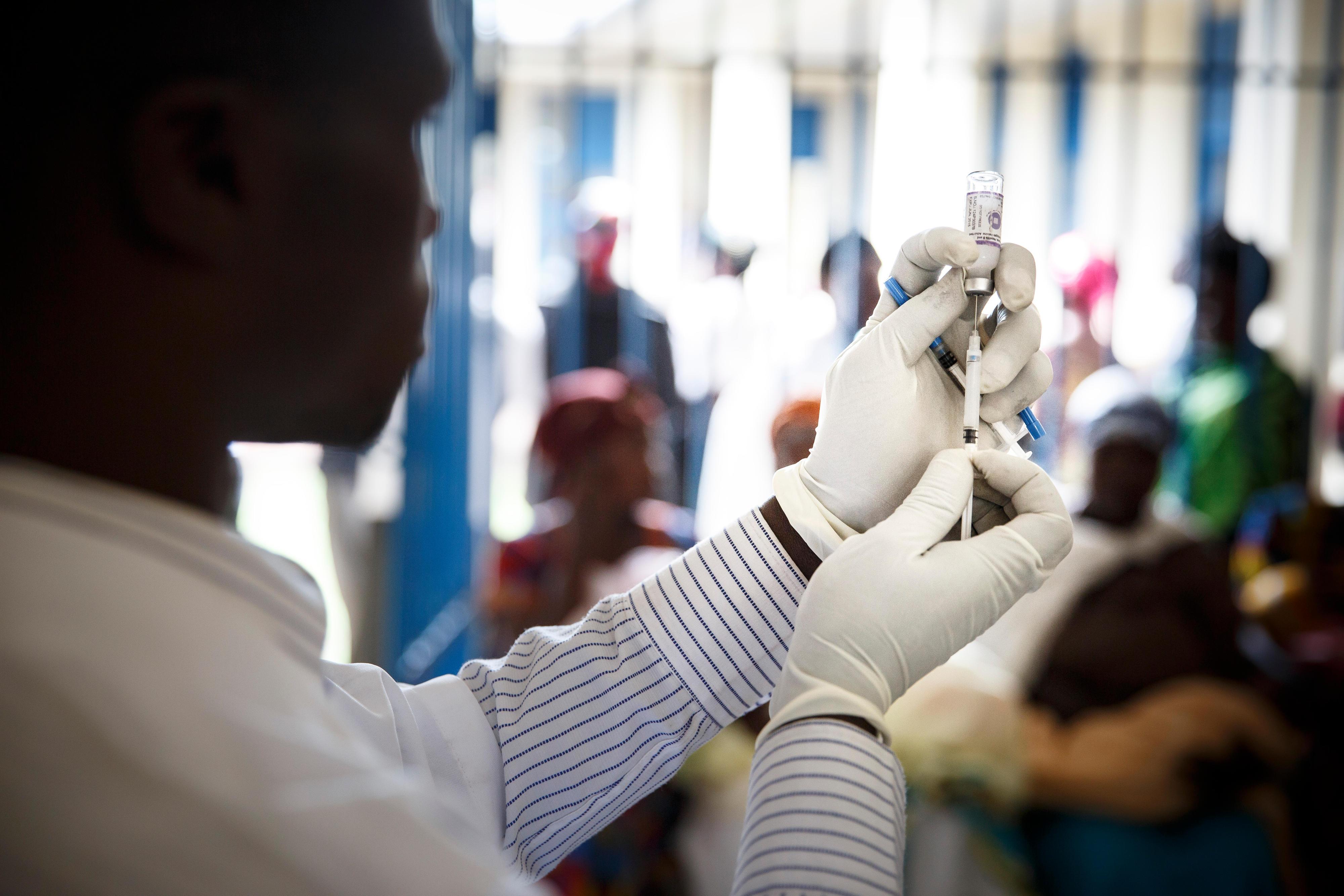 Impfung von Kleinkindern im Gesundheitszentrums Kibati Goma, in der Demokratischen Republik Kongo