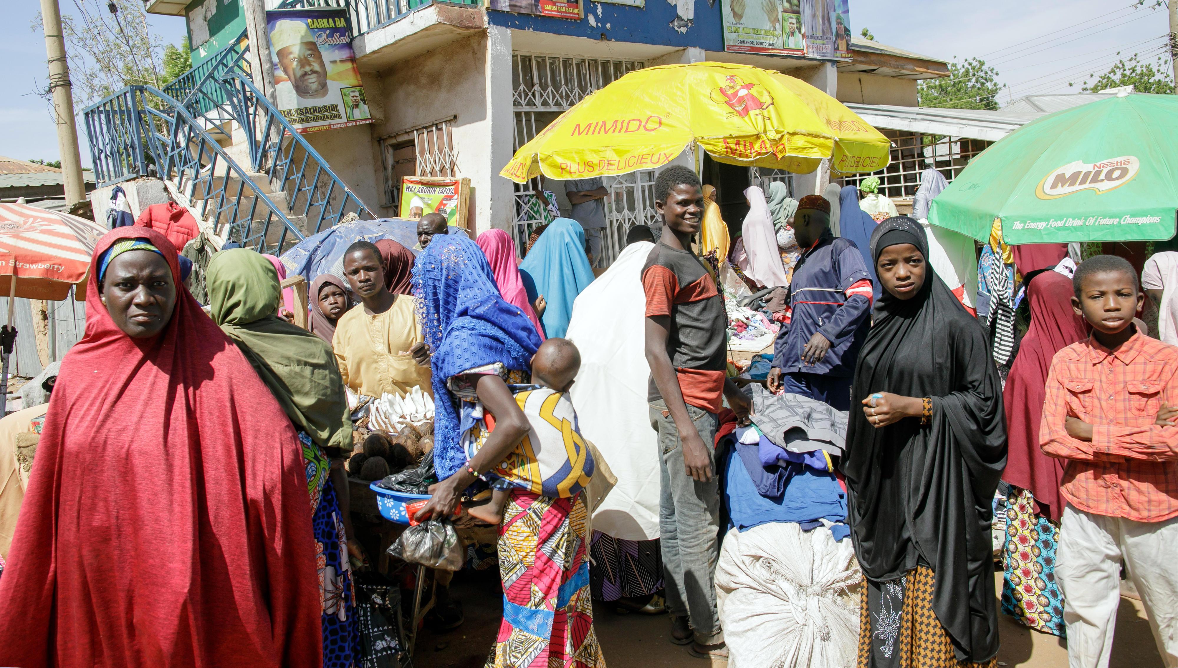 Straßenszene in Sokoto, Nigeria