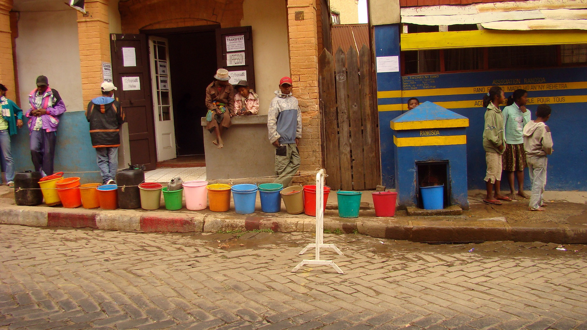 Queue at a public water dispenser in Antananarivo, the capital of Madagascar
