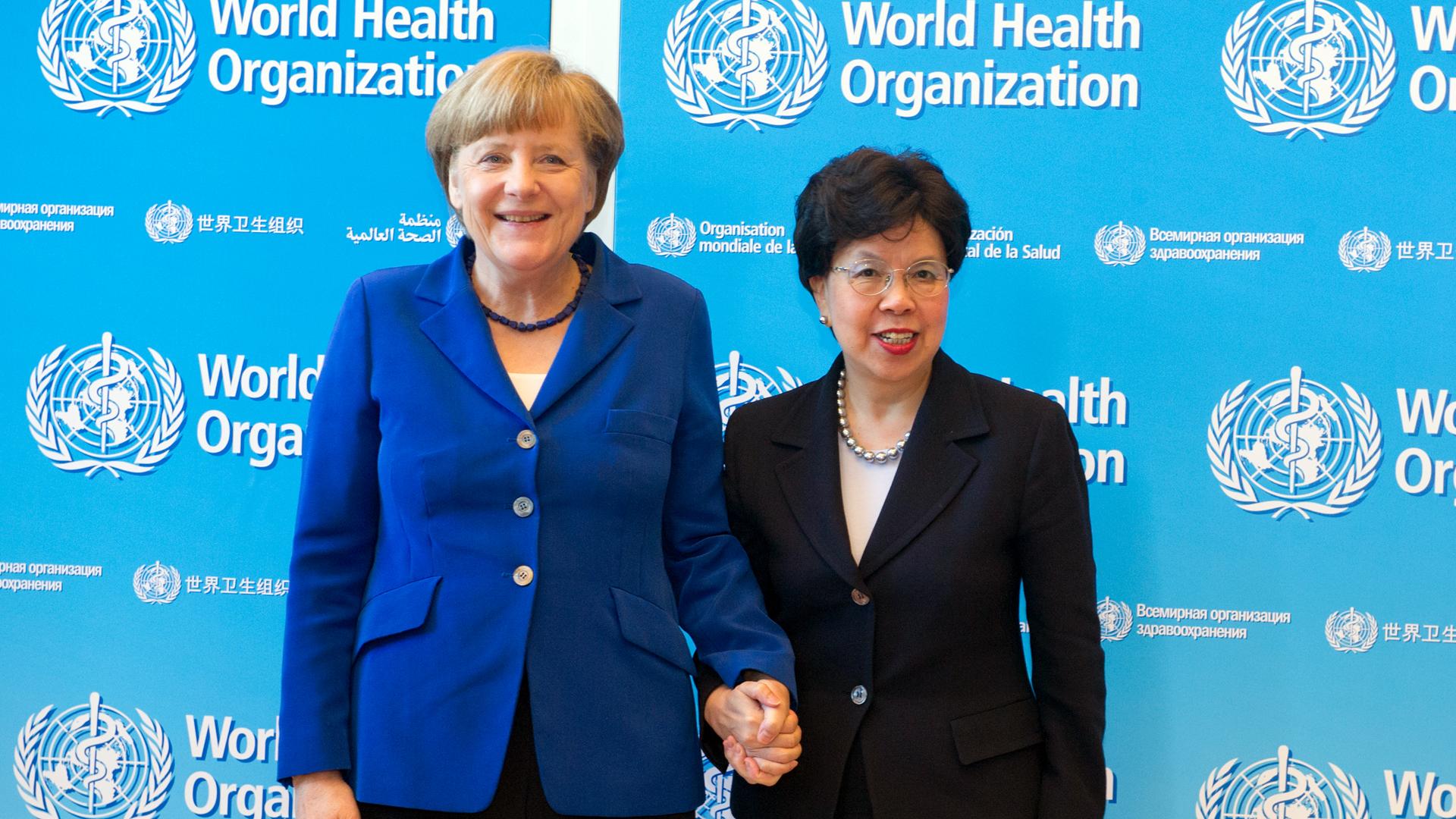 Bundeskanzlerin Angela Merkel und die damalige Generaldirektorin der Weltgesundheitsorganisation, Margaret Chan, bei der Weltgesundheitsversammlung 2015