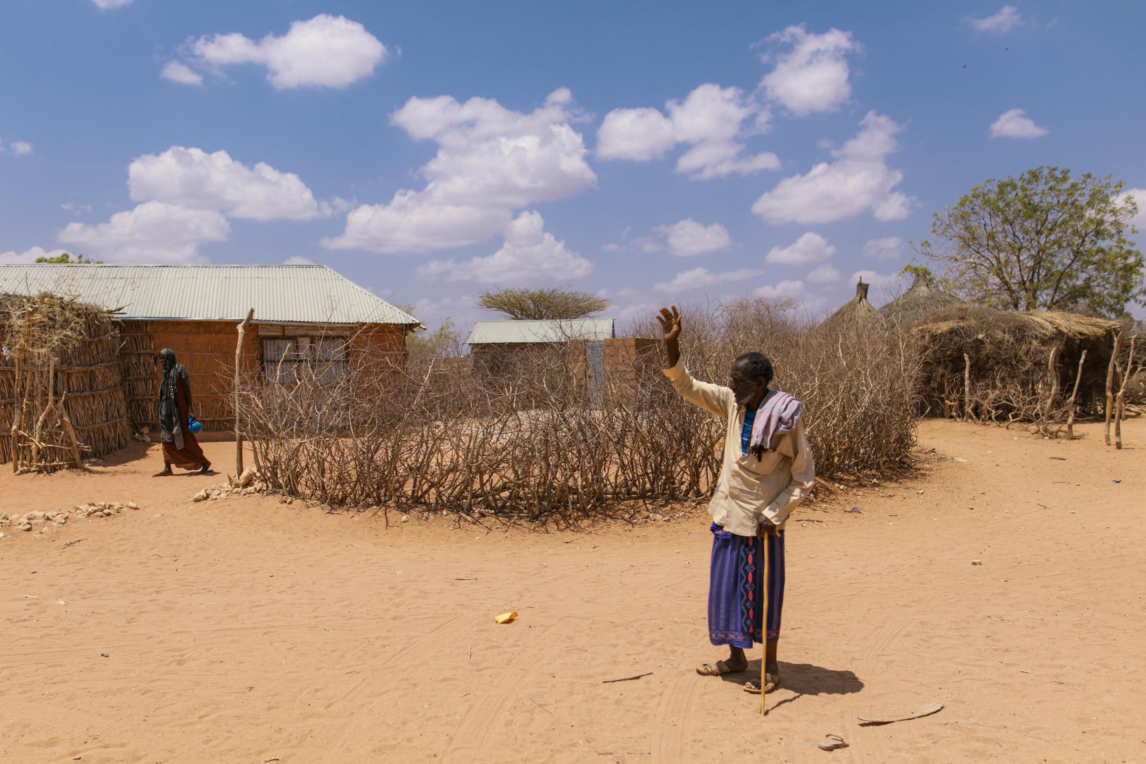 Dorf in der Somali-Region in Äthiopien, in dem sich wegen der anhaltenden Dürre Nomaden angesiedelt haben