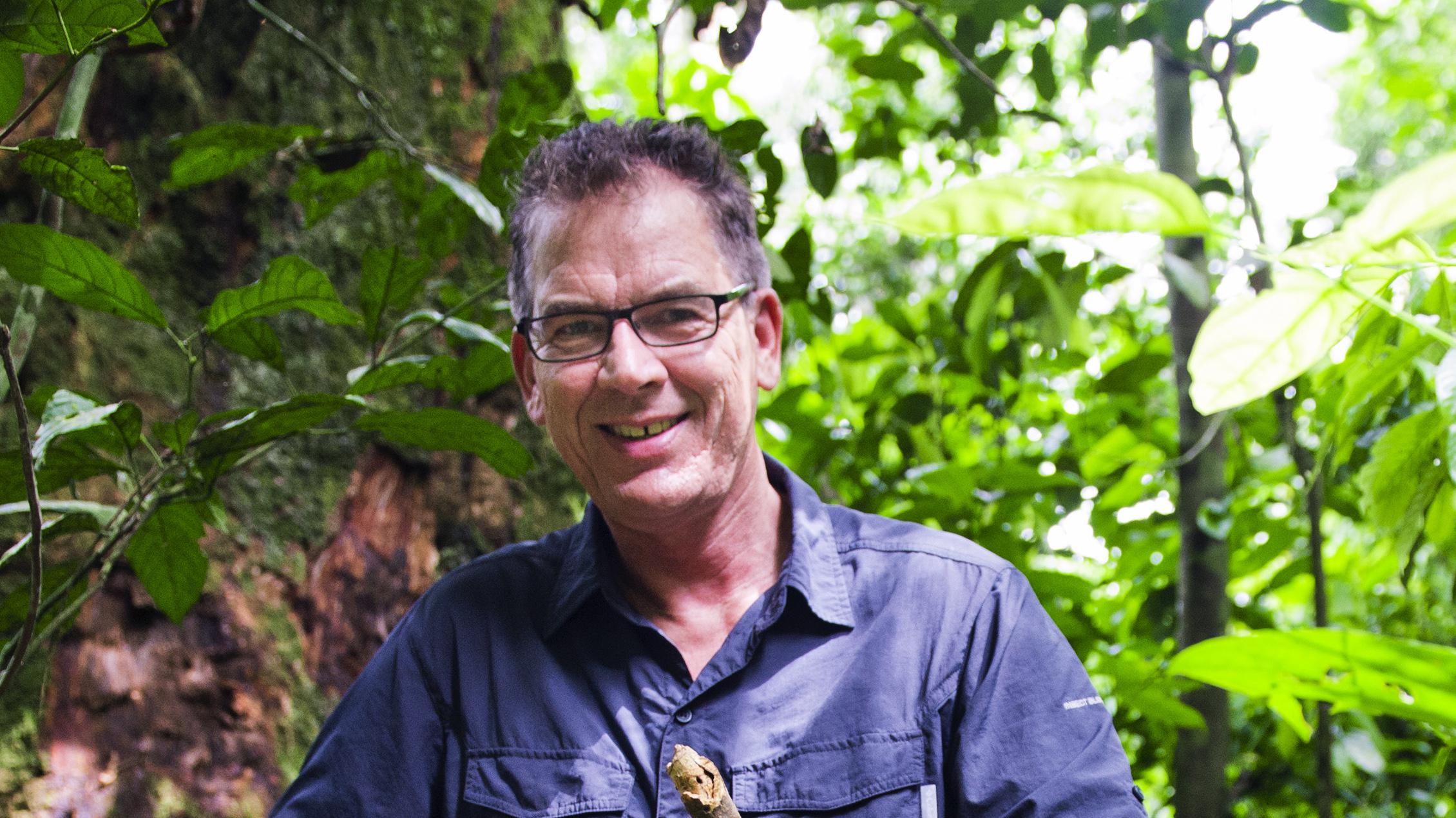 Bundesentwicklungsminister Gerd Müller im Regenwald im Dzanga-Sangha-Schutzgebiet, Zentralafrikanische Republik März 2015