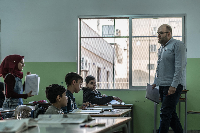 UNICEF sorgt für die Einschulung von syrischen Flüchtlingskindern in libanesischen öffentlichen Schulen.