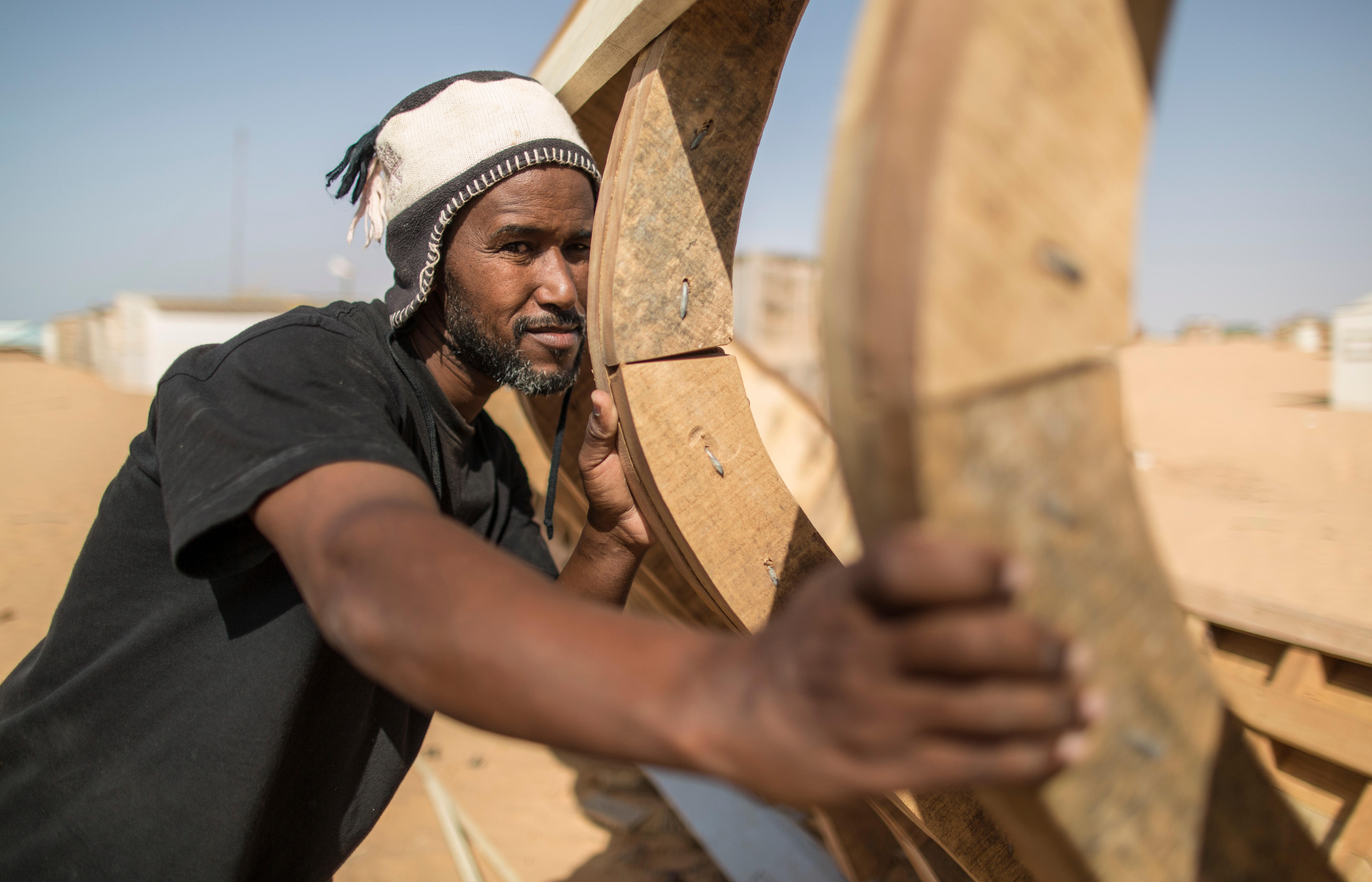Bootsbauer in R'Gueiba, Nationalpark Banc d'Arguin, Mauretanien