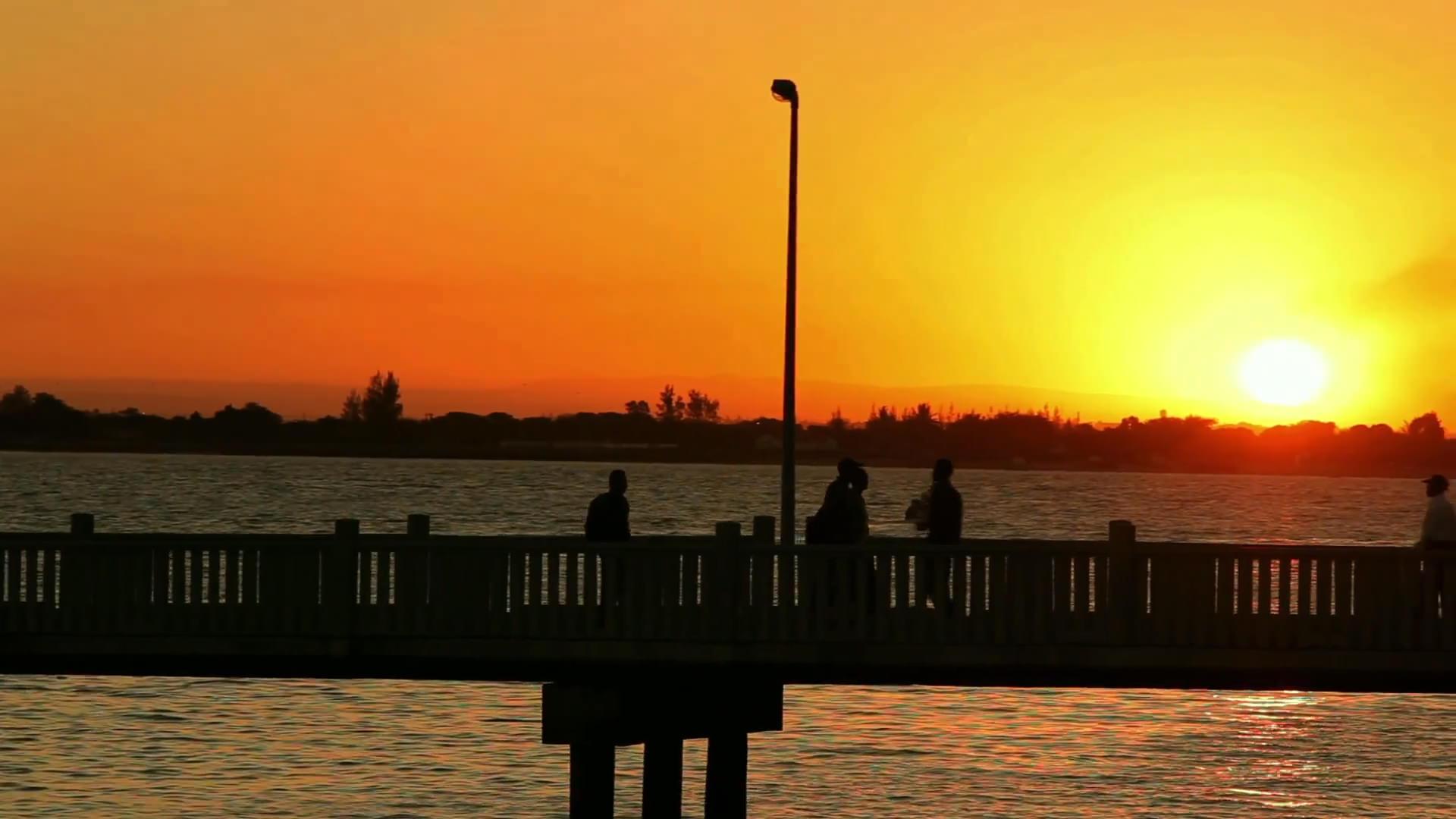 """Standbild aus dem Video """"Solarstrom für Mosambik"""""""