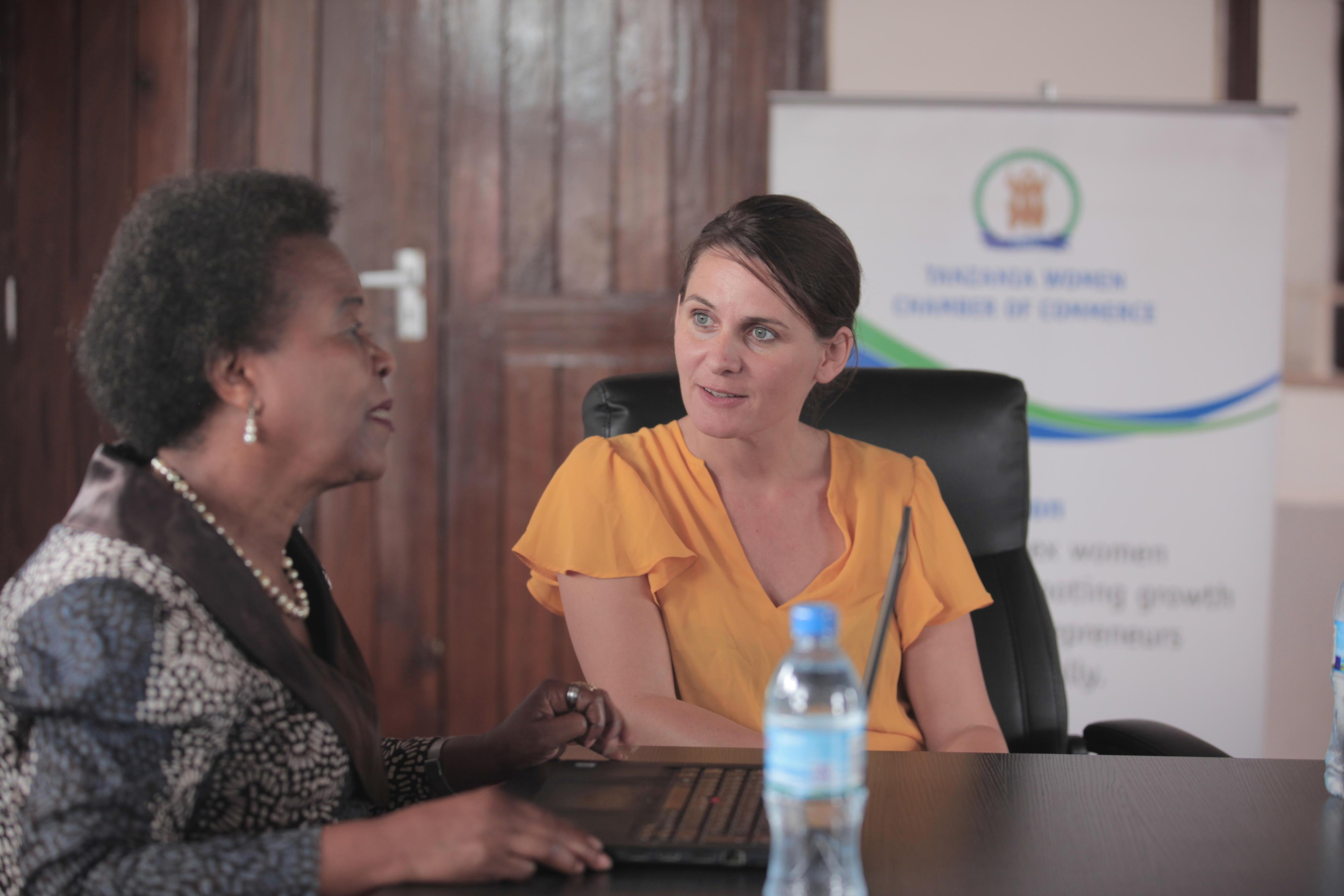 Im Dialog mit Partnern vor Ort